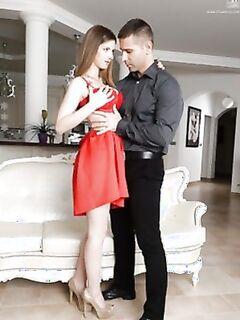 Молодая тёлка в красном платье, отсосала член и дала себя трахнуть в киску.