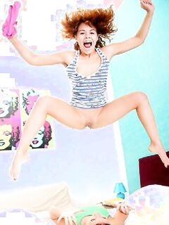 Веселые лесбиянки умеют получать шикарный оргазм
