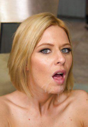 Шальная баба принимает горячую сперму пацана на пухлые губы