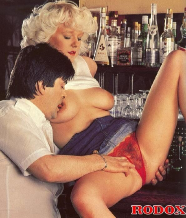 Ретро порно с белобрысой дамой