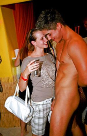 Шумная порно вечеринка удалась на славу