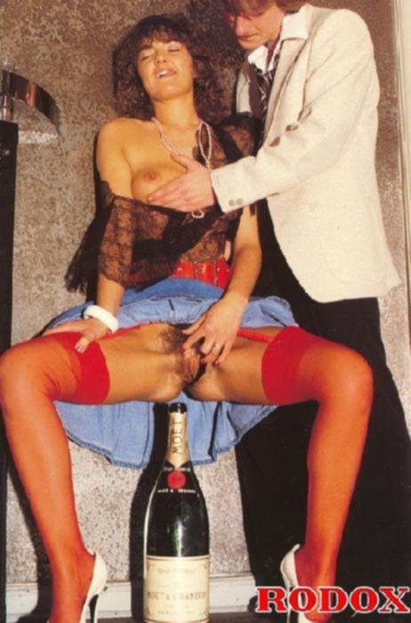 Групповой винтаж секс с девушкой с волосатой писькой